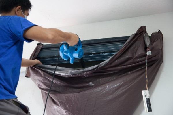 negative-pressure-air-duct-cleaning-in-phoenix-arizona